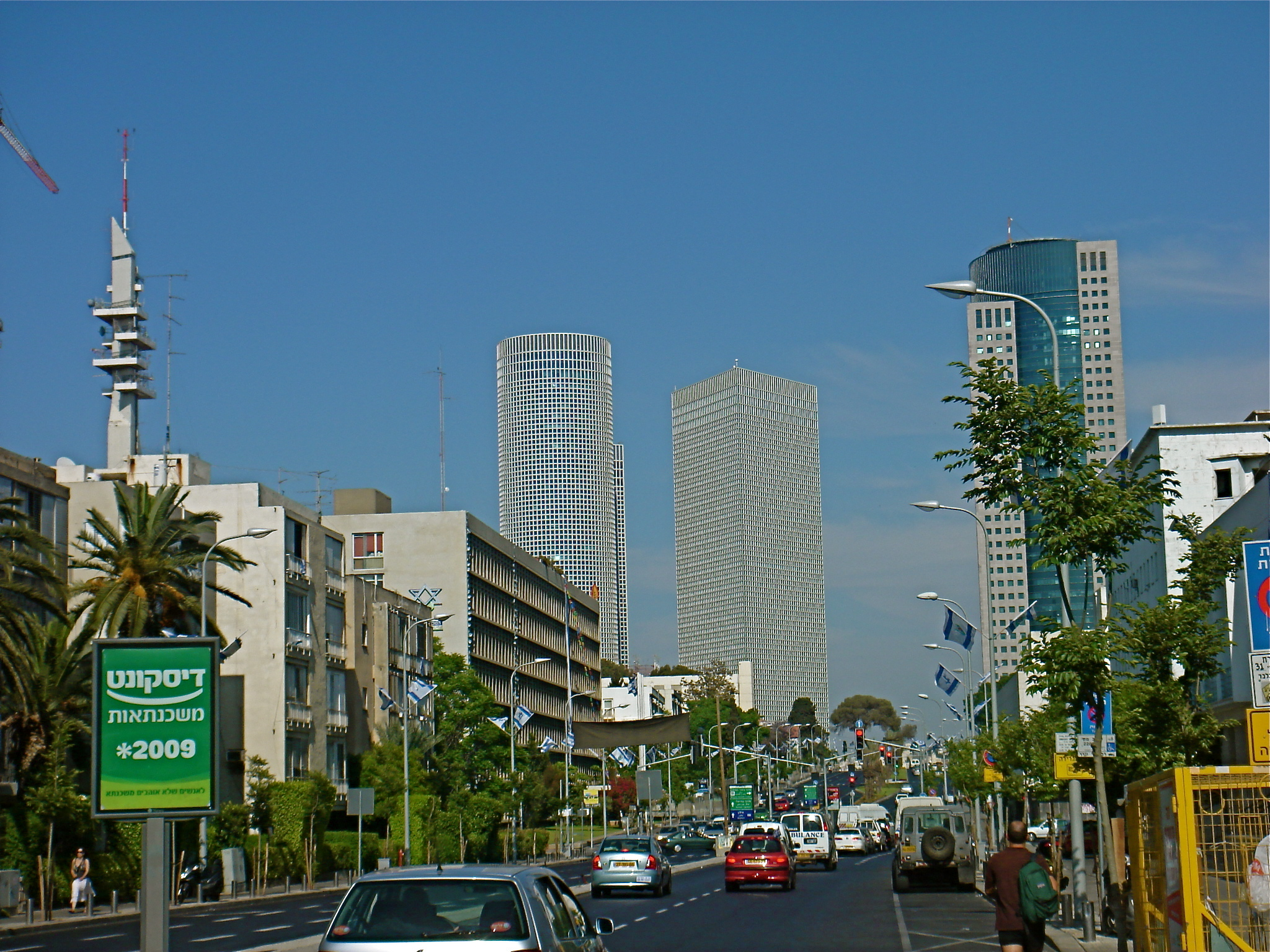 East Tel Aviv – Culinary Delights, High Powered Business, & More