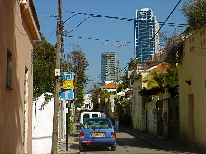 Home sales are on the rise in Tel Aviv with a return of foreign buyers