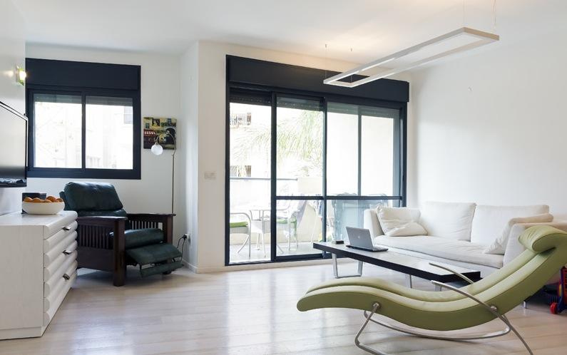 Luxurious Apartment Near the Mediterranean