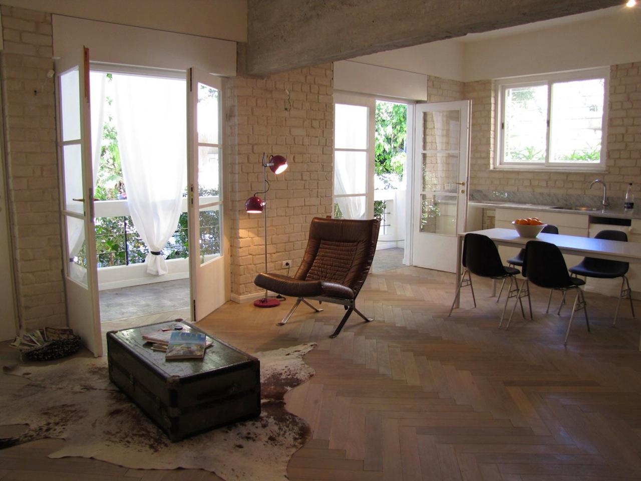 Loft Style Garden Apartment in the Heart of Tel Aviv