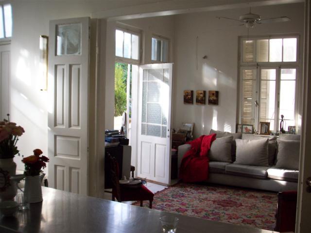 Unique 2BR Apartment in Historic Tel Aviv