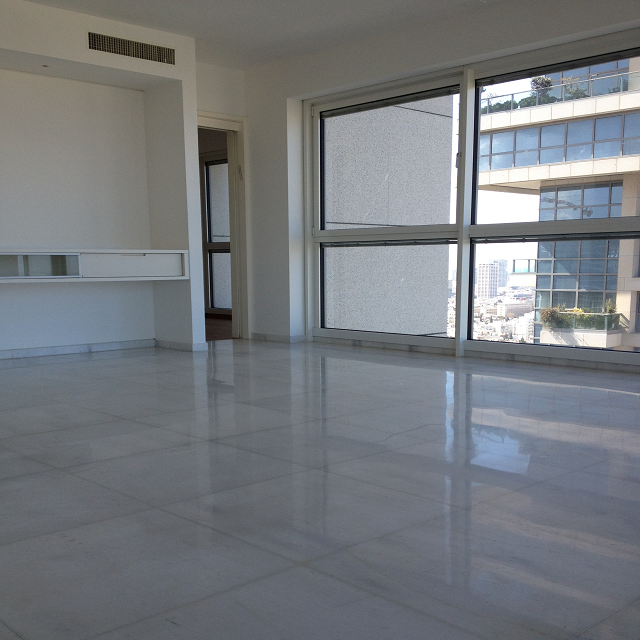 3 Bedrooms Apartment For Rent: 3 Bedroom Apartment For Rent In The Akirov Tower In North