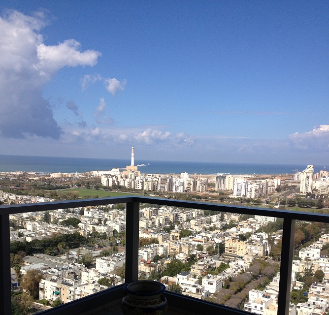 3 Bedroom Apartment for Rent in the Akirov Tower in North Tel Aviv