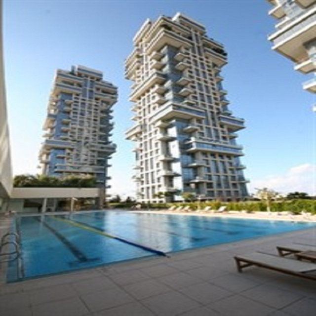 3 Bedroom Apartment for Sale in the Akirov Tower in North Tel Aviv