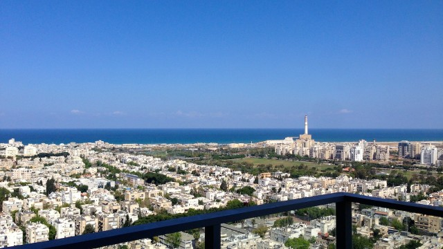 3BR Apartment for Rent in the Akirov Tower in North Tel Aviv
