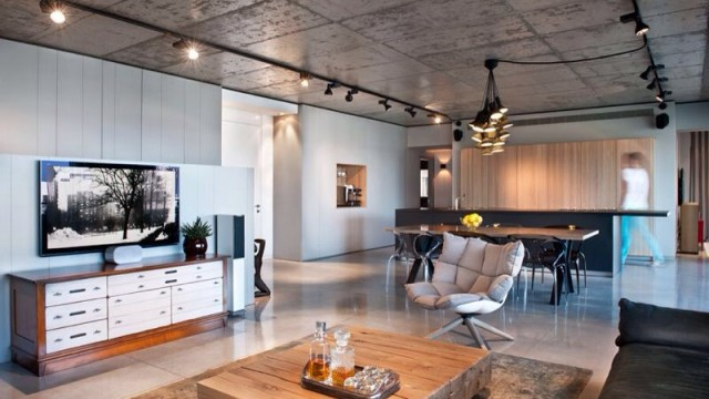 Stunning Luxury Apartment in Tel Aviv's Prestigious Old North