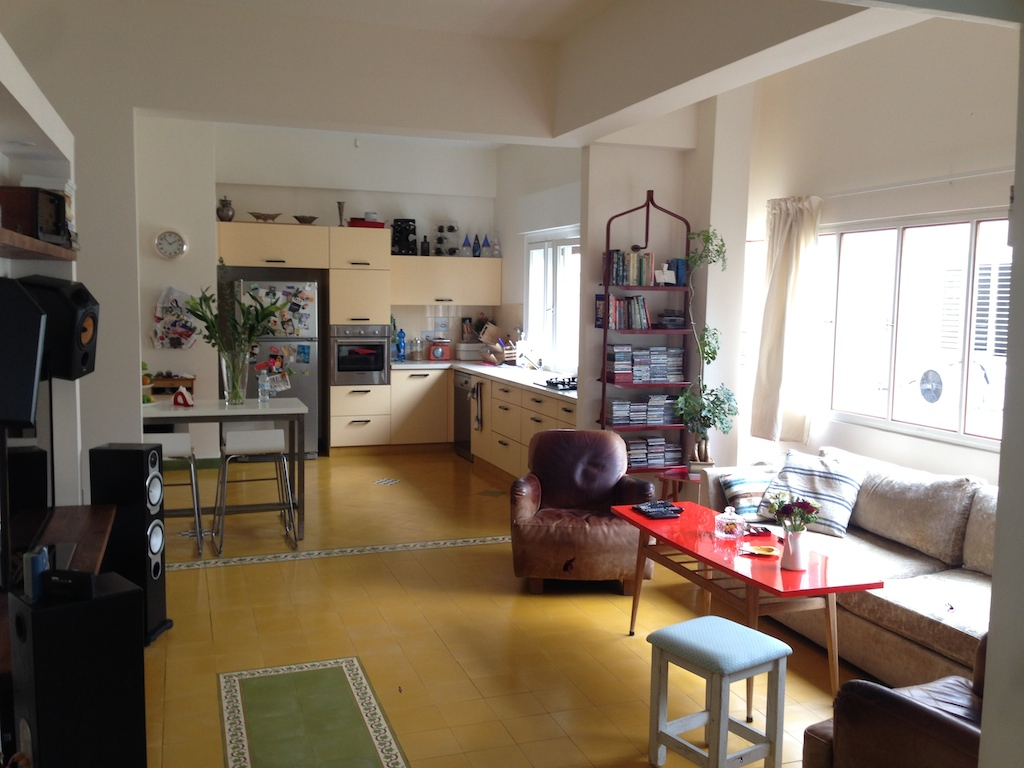 Charming & Spacious Bauhaus Apartment for Rent in Masryk Square