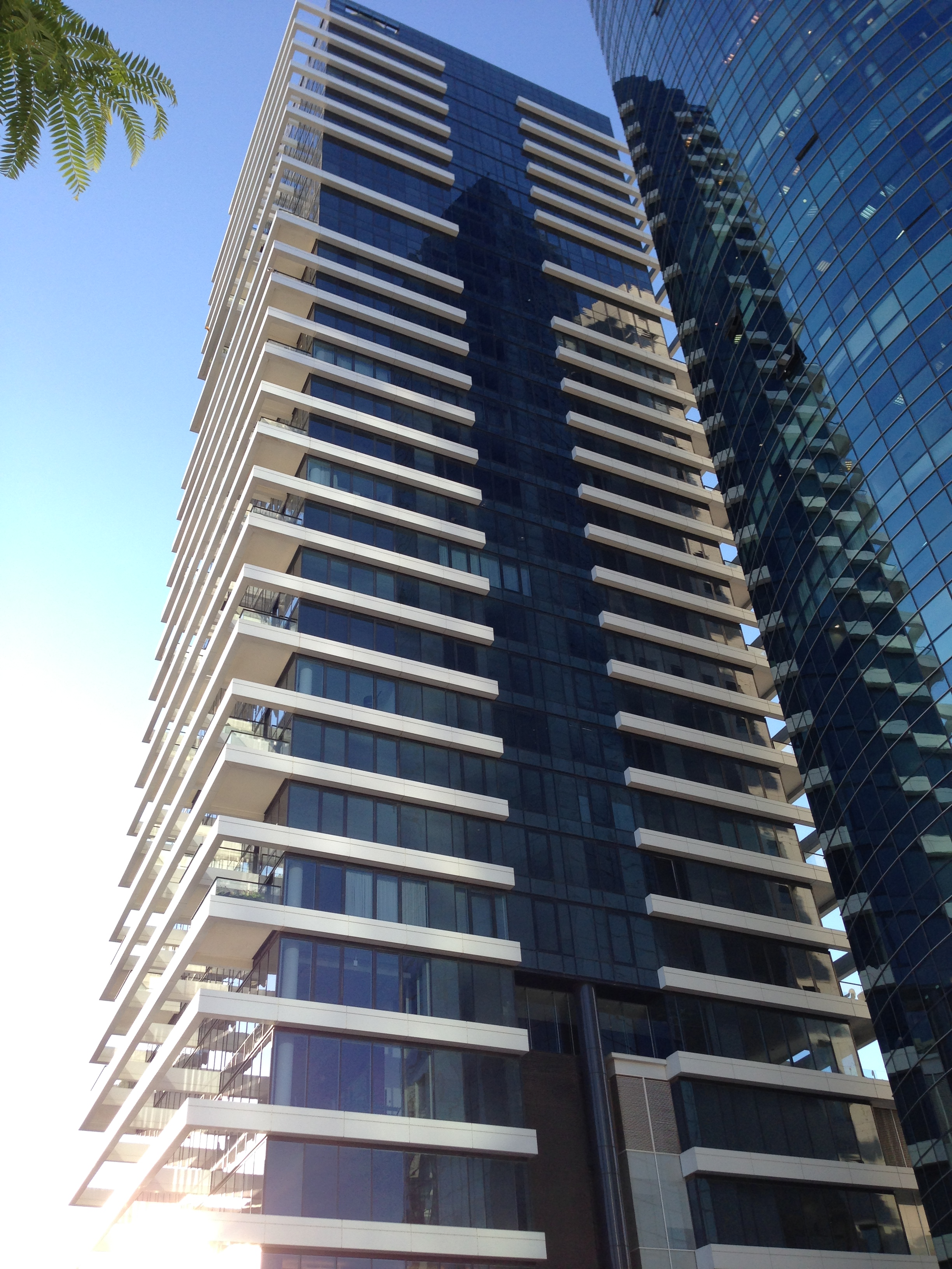 Despite its New Neighbors, Rothschild 1 Still Reigns as Tel Aviv's Top Building