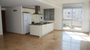 Luxury 3BR Seaside Apartment for Rent in Central Tel Aviv