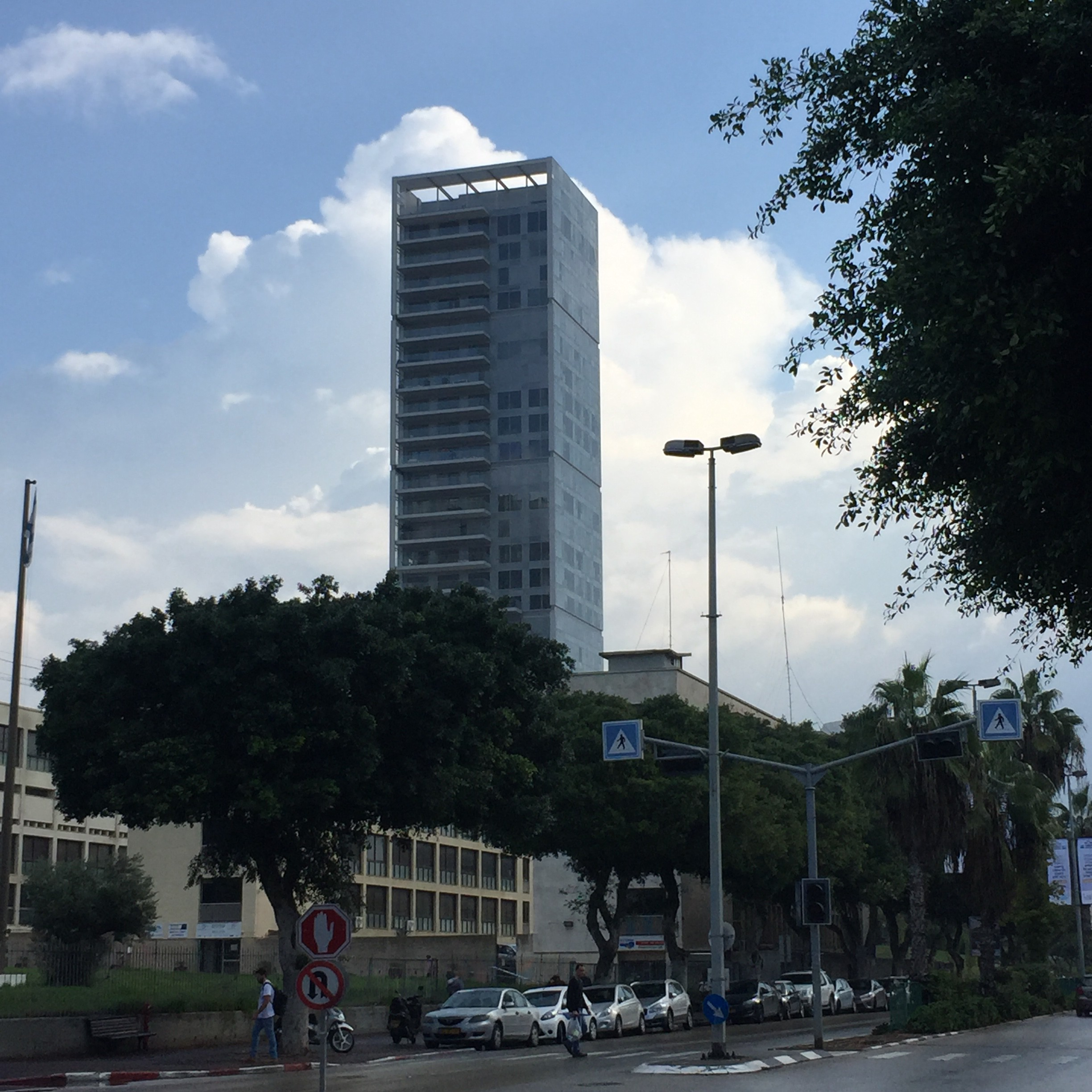 Record Broken Again – Apartment in Tel Aviv's Remez Tower Rents for 45K USD per Month