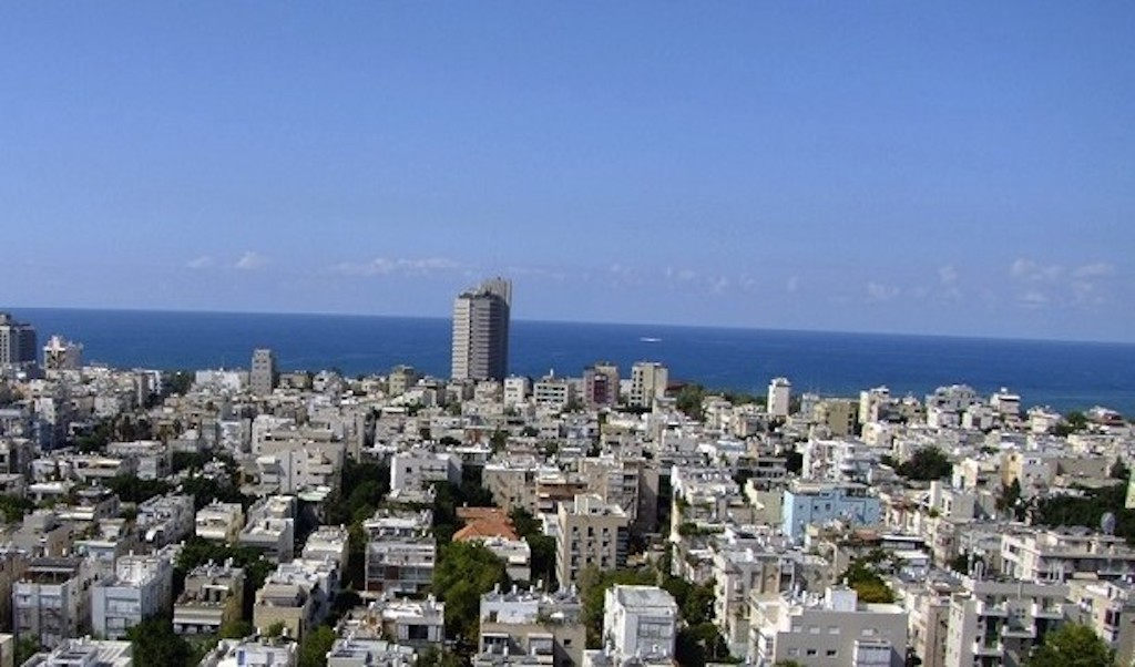 Beautiful 3BR Apartment for Sale in the Assuta Tower in Tel Aviv's Old North