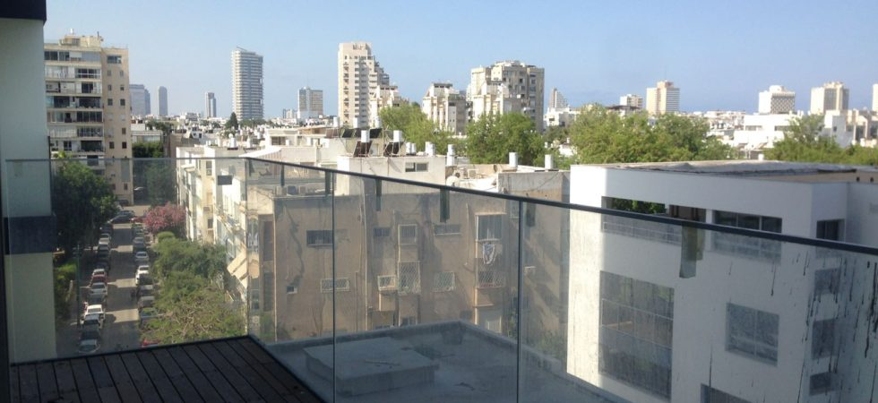 2 Bedroom Apartment for Sale in the New Assuta Tower in Tel Aviv's Old North