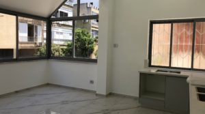 2 Bedroom Apartment for Sale in Lev Tel Aviv Near the Carmel Market & Nahalat Binyamin