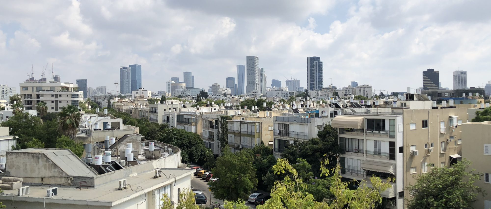 Duplex Penthouse for Sale on Milano Square in the Old North of Tel Aviv